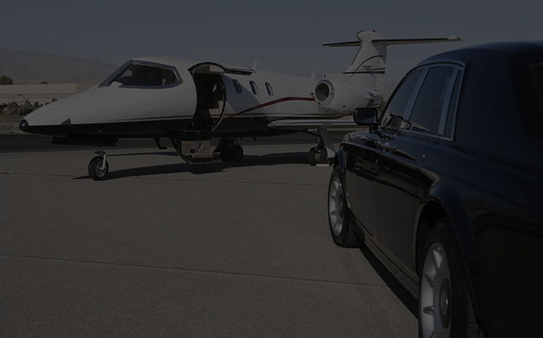 Airport luxury car rental services